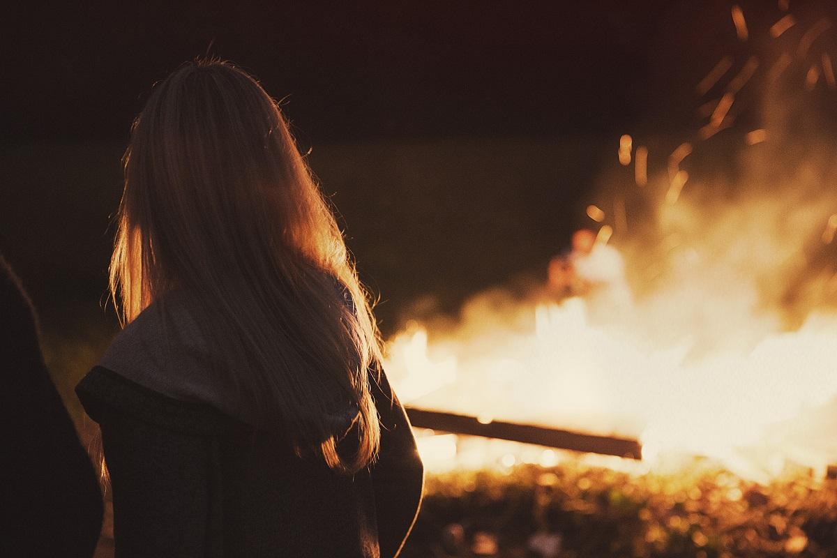 bonfire via Unsplash.com